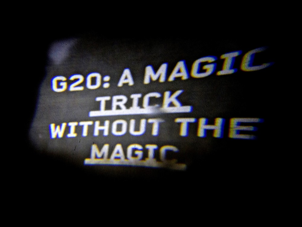 projection_Magic_Trick